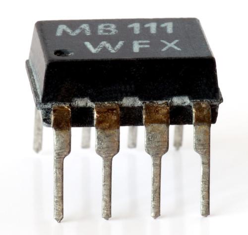 Niezawodny przełącznik prądowy