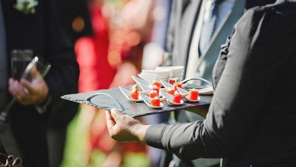 O czym należy pamiętać organizując imprezę firmową?