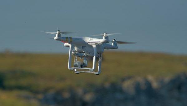Co warto wiedzieć o szkoleniach wojskowych na drony?