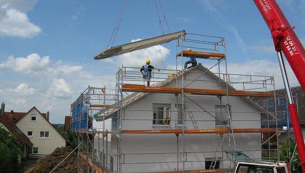 Prace budowlane i wykorzystanie dźwigów