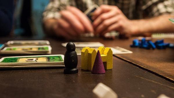 Czy strategiczne gry planszowe warto zakupić?